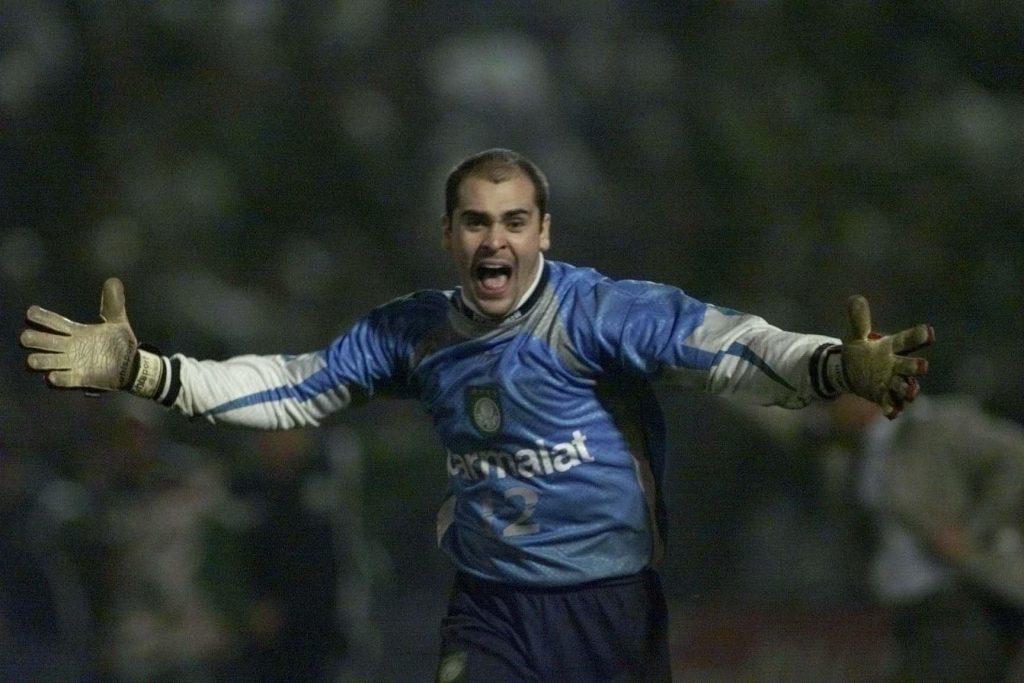 Marcos comemora a conquista da Libertadores 1999 pelo Palmeiras.