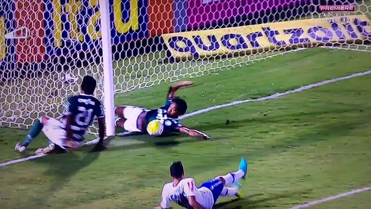 """Palmeiras x Cruzeiro e o """"gol"""" do Enea Brasileiro"""