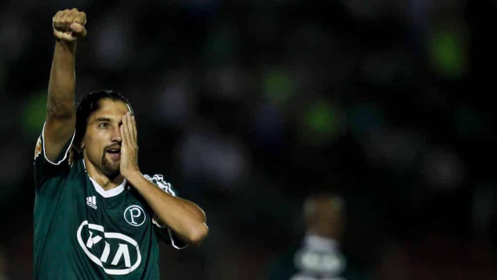 Barcos comemorando um gol pelo Palmeiras.