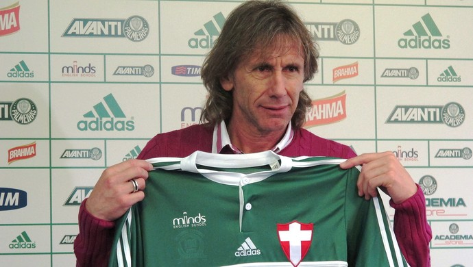 Gareca na sua apresentação pelo Palmeiras.
